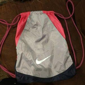 * FINAL PRICE * NIKE drawstring backpack